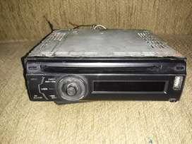 VENDO RADIO PIOONER Y OTRO RADIO CON USB Y BLUETOOTH FUNCIONALES