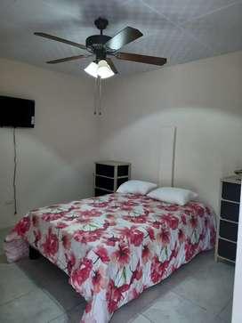 Alquilo 2 habitaciones independientes en salinas.