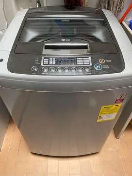 Lavadora LG de 17 Kg, unico dueño, en muy buenas condiciones