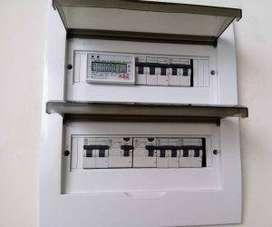 ELECTRICISTA URGENCIAS AREQUIPA.CORTOCIRCUITOS, FUGAS ELECTRICAS,INSTALACIONES ELECTRICAS NUEVAS, MEDIDORES