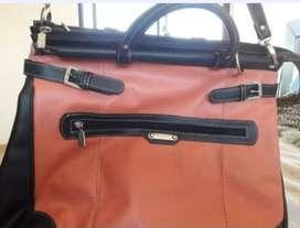 Cartera BLAQUÉ portafolio grande.Impecable!!