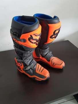Vendo Botas de Motocross para Adulto.