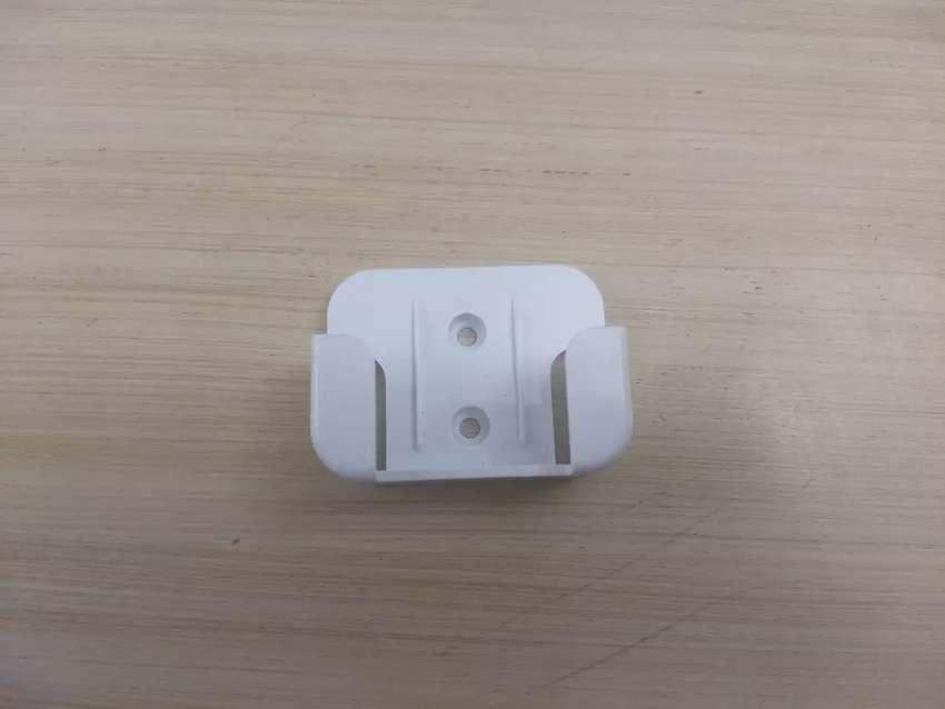 Base para colgar control remoto aire acondicionado midea