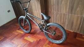 Bmx casi nueva marca Gt bikes