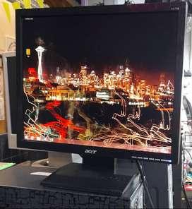 monitor acer 17 pulgadas LCD ref v173