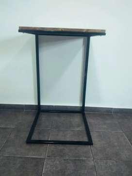 Mesa arrime estilo Industrial hierro y madera