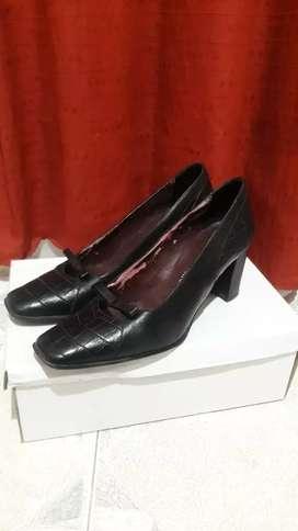 Vendo calzado de mujer