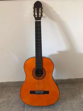 Guitarra sin uso
