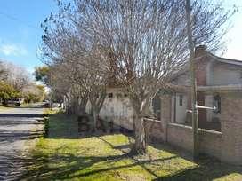 Alquila casa en calle 495 esquina 16