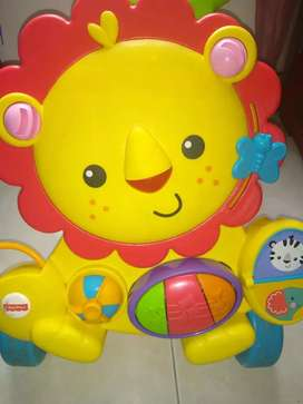Primeros pasos leon de Fisher Price