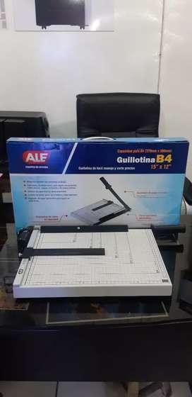 Venta de guillotina b4