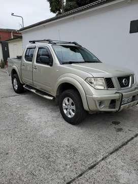 Nissan navara dc 4x2