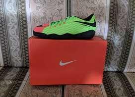 Guayo Nike para sintética o piso