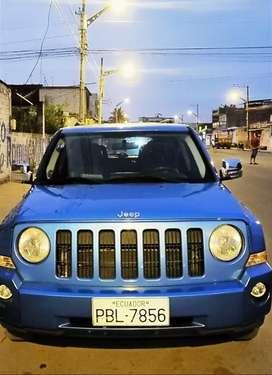 Hermoso jeep mecánico