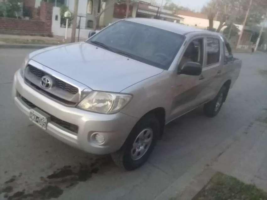 Vendo Toyota Hilux Dx 2009
