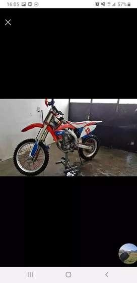 HONDA CRF 450 R 2008