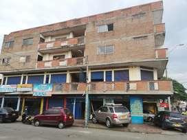 Alquilo local SEGUNDO PISO ESQUINA b/obrero