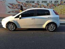 Fiat punto 1.6 essence 2011 Nafta GNC