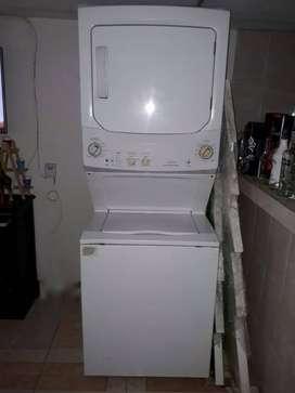 Torre de lavado y secado MABE Gas 37 libras de segunda en excelente estado
