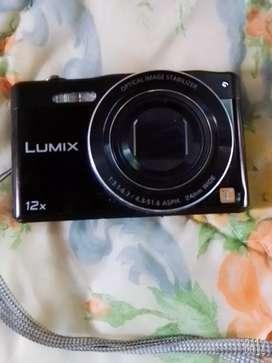Vendo camara digital Panasonic Lumix 12x