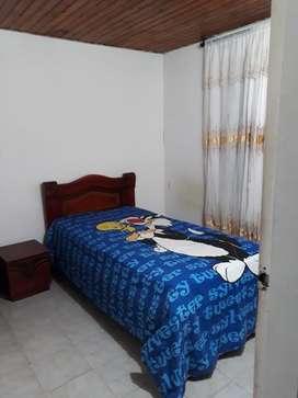 Habitacion amoblada con todos los servicios a 1 cuadra de cc mayales, Valledupar