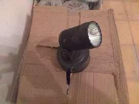 Lámparas dicroicas completas, listas para conectar a la red. Negras.
