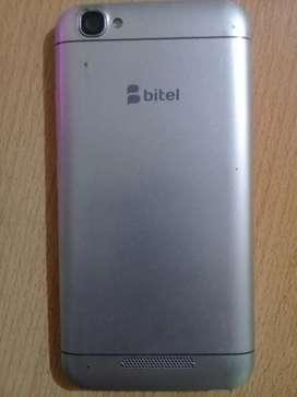 Se vende celular bitel 9502