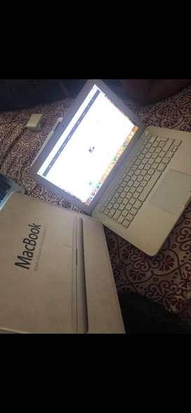 MacBook 2010 Procesador Intel core i2