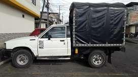 Se vende camioneta MAZDA.