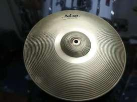 Platillos Hit Hat Adam Percussion y Platillos Headliner