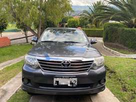 Flamante Fortuner 2013