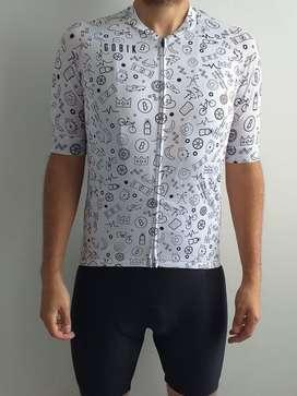 Maillot / Camiseta/ Jersey GOBIK para ruta y montaña manga corta.