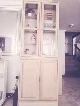 vitrina decorativa multifuncional, sirve como auxiliar de comedor, porcelanas, exhibición de joyas, artículos