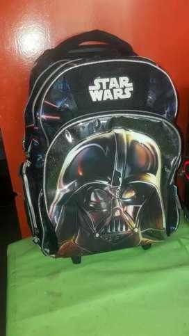 Vendo mochila usada de Star wars  en excelente estado