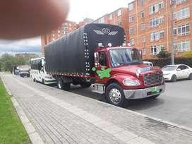 Vendó hermoso camion Freitglianer M2106 carrocería estacas