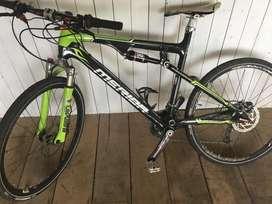 Por falta de seriedad Bicicleta en carbonio