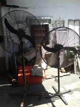 2 ventiladores industriales de 2200 y 3500