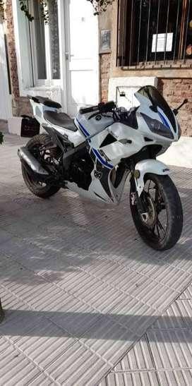 Vendo motomel sr 200cc muy buena mod 2018