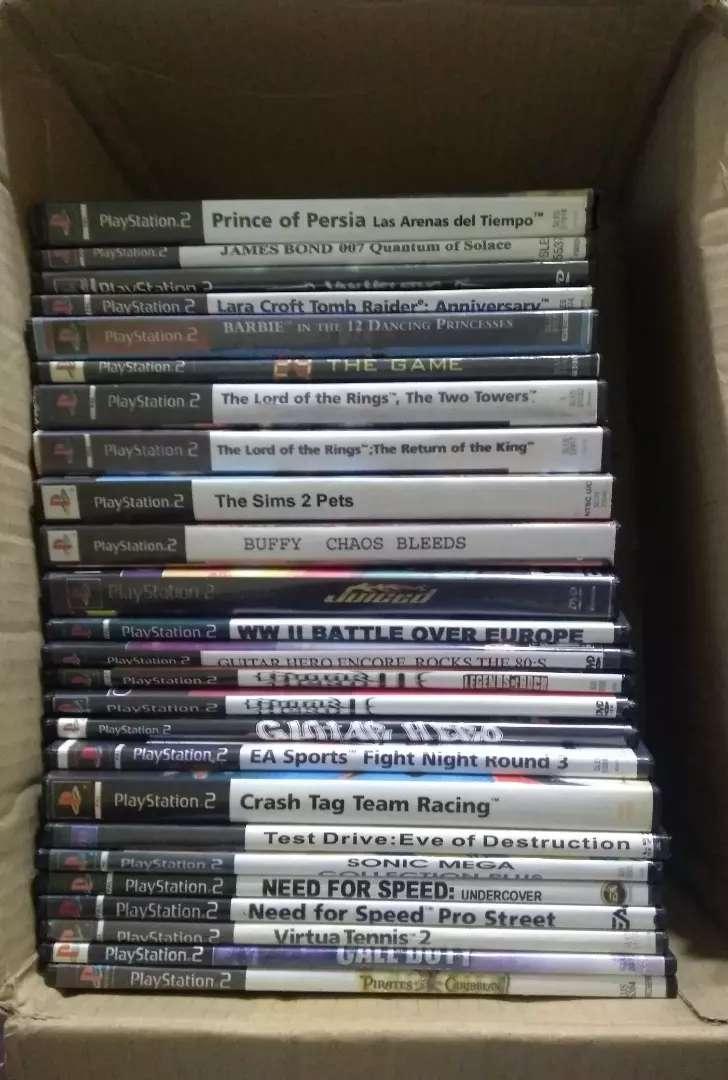 Lote de 25 juegos de PS2 (copias) 0