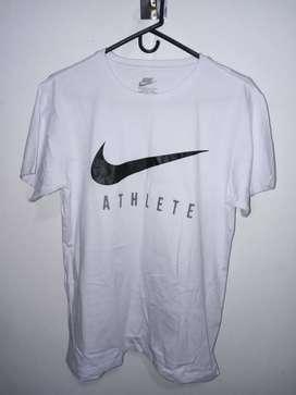 Camisa NIKE blanca