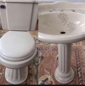 Baño, inodoro + lavamanos marca Franz Viegener