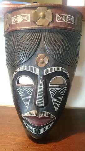 Mascara Talla Madera Africana Hermosa