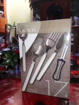 Cubiertos Gibson