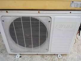 Vendo.aire acondicionado frio calor 4500FG (detalle requiere reparacion de compresor)