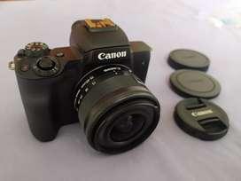 Canon M50 Mark II + Lente 15 - 45 (NUEVA)