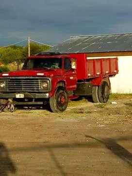Vendo Ford 6000 Volcadora segunda mano  José León Suárez, José León Suárez