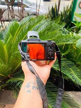Canon sx500is ((SEGUNDA)) -estuche-cargador y memoria ((3 meses de uso))