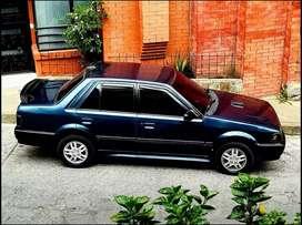 Alquilo vehículo con conductor