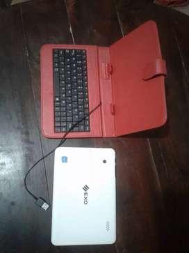 Tablet y funda teclado
