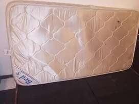 Colchón ortopédico + base cama sencilla (usados)